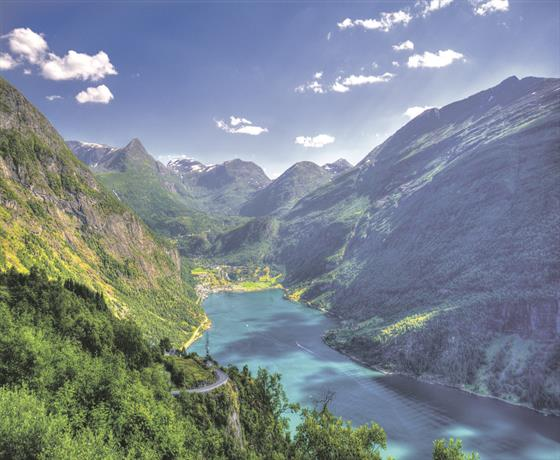 /cruiseimages/assets/images/jetline/ship/NORWAYGeiranger504543029.jpg