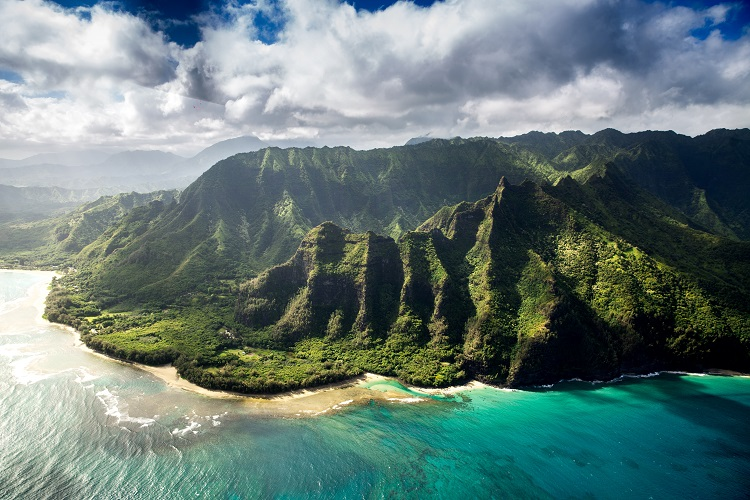 How to experience the great outdoors in Hawaii