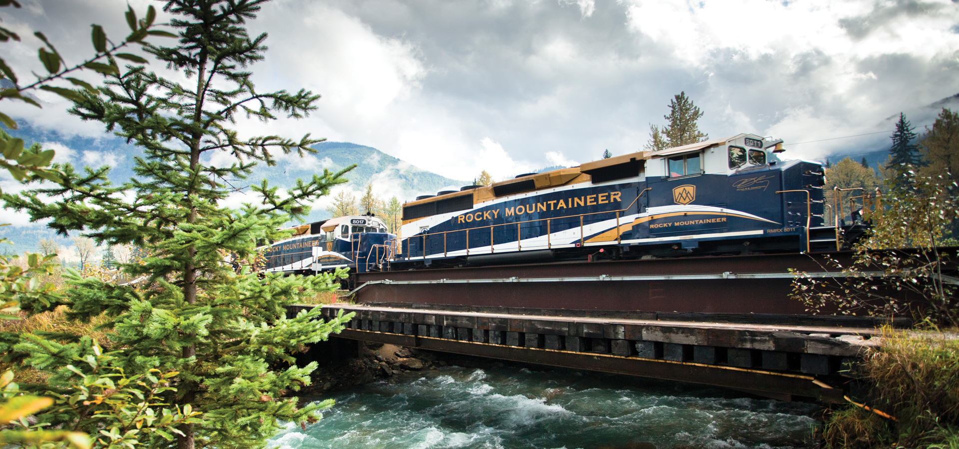 Western Canada Cruising | Dining on the Rocky Mountaineer
