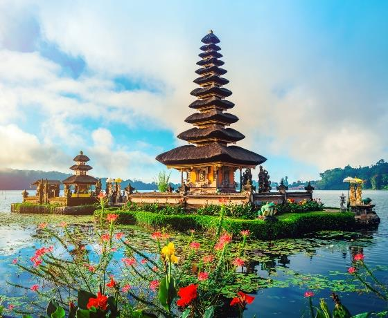 6* Bali Beach Christmas & Australian New Year Voyage