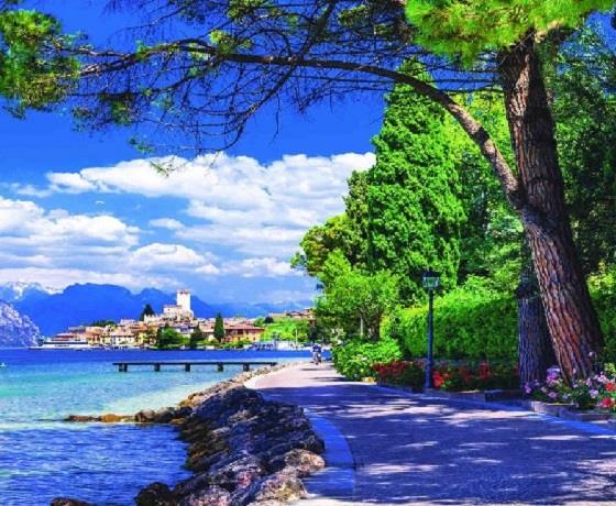 Discounted Special: Lake Garda & the Greek Isles from Venice